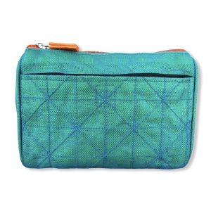 Beadbags Kosmetiktasche aus reused Moskitonetz NET19 Türkis vorne