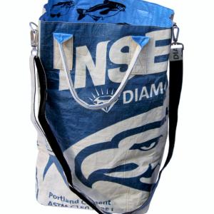 Beadbags Crispy Laundry Sacs with shoulder strap Laundryb. Gurt blau