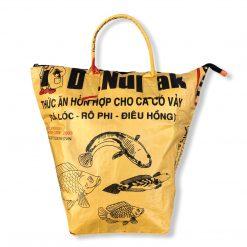 Beadbags Wäschesack / Allzwecktasche aus recycelten Reissack Ri9 in gelb von vorne