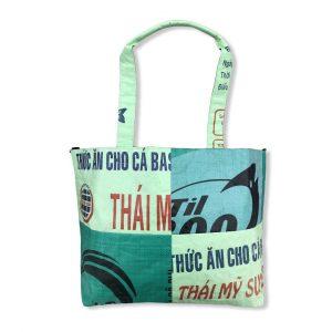 3 in 1 Tragetasche aus recycelten Reissack in hellgrün dunkelgrün | Beadbags