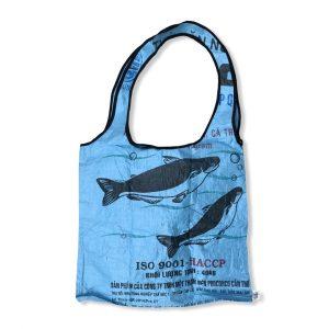 Große Einkaufstasche aus recycelten Reissack in blau | Beadbags