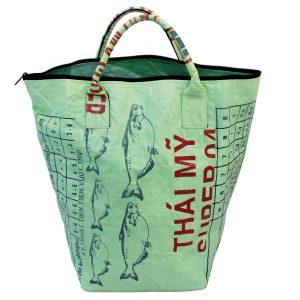 Upycycling Beadbags nachhaltige Tragetasche und Kosmetiktaschen aus recyceltem Reissackmaterial gefertigt in Kambodscha 24bbb