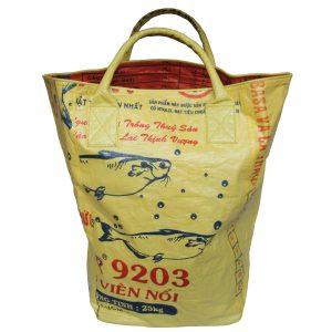 Upycycling Beadbags nachhaltige Tragetasche und Kosmetiktaschen aus recyceltem Reissackmaterial gefertigt in Kambodscha 45b