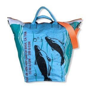 Beadbags Universaltasche _ Wäschesack aus recycelten Reissack mit Tampenjangurt in weiß blau | Beadbags
