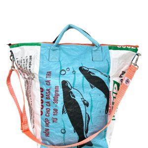 Upcycling Tampenjan Universaltaschen und Wäschesäcke aus recycltem Reissackmaterial und recycelten Spanngurten aus dem Hamburger Hafen 54 TJ