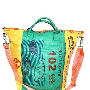 Upcycling Tampenjan Universaltaschen und Wäschesäcke aus recycltem Reissackmaterial und recycelten Spanngurten aus dem Hamburger Hafen 42 TJ