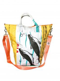 Upcycling Tampenjan Universaltaschen und Wäschesäcke aus recycltem Reissackmaterial und recycelten Spanngurten aus dem Hamburger Hafen 33 TJ