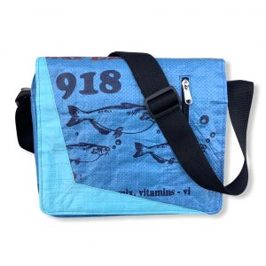 Beadbags Messenger Schultasche Joseph aus recycelten Reissack mit Hochseehafengurt Ri81 Blau