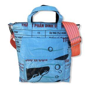 Beadbags Tragetasche aus recycelten Reissack mit Tampenjan Hochseegurt Ri2 vorne hellblau