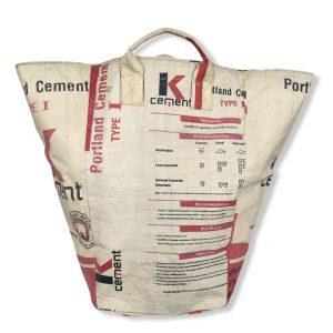 Beadbags Große Universaltasche / Wäschesack aus recycelten Zementsack CRL24 Rot vorne