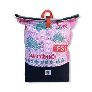 Life Backpack Rucksack Fische aus recycelten Reissack in rosa   Beadbags