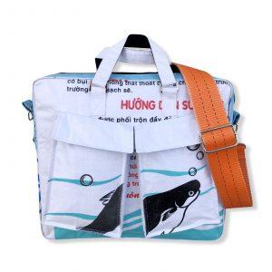 Tragetasche Twin Pockets aus recycelten Reissack mit Hochsee Schultergurt in weiß hellblau mit orange | Beadbags