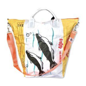 Multifunktionale Wäschesäcke aus recycelten Reissack farbenfroh von Beadbags   Beadbags