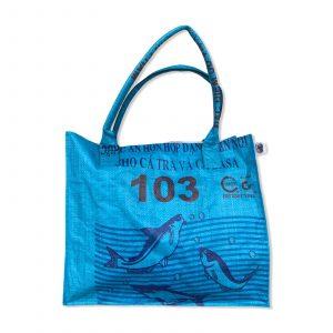 Einkaufstasche aus recycelten Reissack von Beadbags in blau   Beadbags