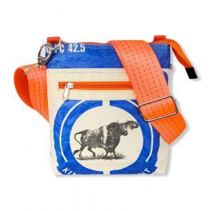 Schultertasche aus recycelten Zementsack mit Hochseehafengurt blau mit orange   Beadbags