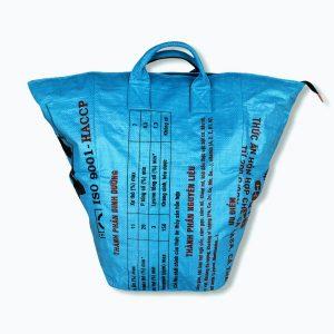 Multifunktionaler Wäschesack mit Schultergurt aus recycelten Reissack Ri7 mittelblau   Beadbags