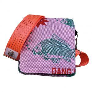 Beadbags Schultasche pink Reissack vorne mit Tampenjangurt